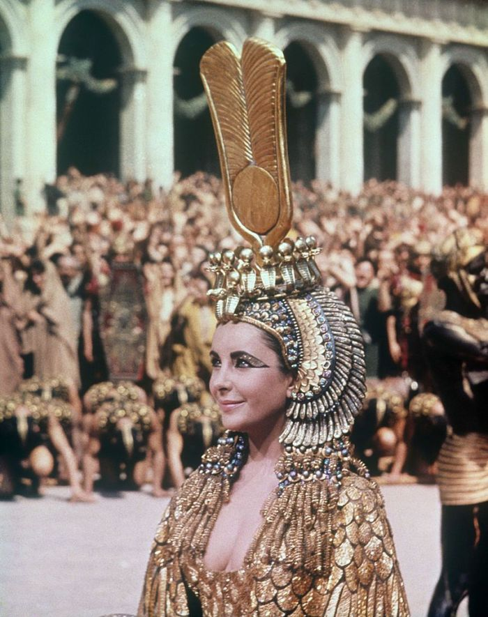 British-born American actress Liz Taylor playing Cleopatra in the film Cleopatra. Rome, April 1962