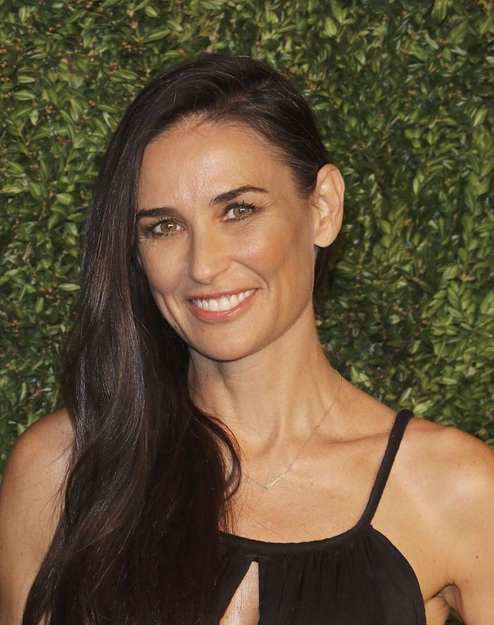 Actress Demi Moore attends the 12th annual CFDA/Vogue Fashion Fund Awards in 2015
